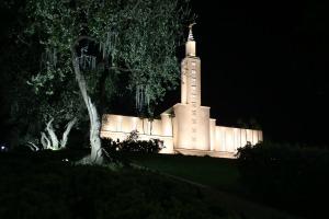 The Mormon Temple – A Distinct LA Landmark